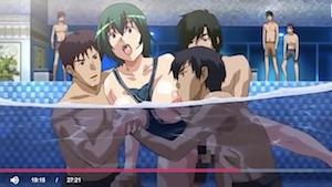 【エロアニメ】プールの中で犯されて… 巨乳インストラクターにムラムラしている男たちが、水中でそのまま襲ってセックスするから、全てが終わったあとはザーメンや潮が浮かんで二度と使いたくないプールへと変貌www